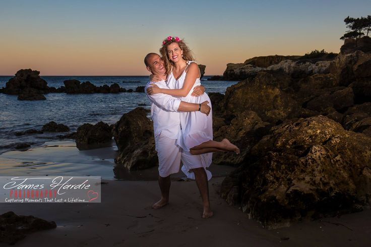 Photography shoot for this couples 10th Wedding anniversary.... had great fun on an Algarve beach at sunset.