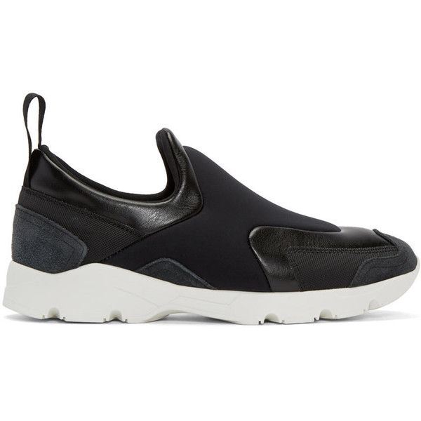 MM6 Maison Margiela Black Leather Slip-On Sneakers (9.728.780 VND) ❤ liked on Polyvore featuring shoes, sneakers, leather shoes, round toe sneakers, black leather trainers, black sneakers and black shoes