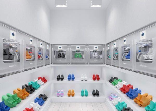 Cubify ofrece en descarga gratuita 4 modelos de zapatos imprimibles en 3D http://www.print3dworld.es/2013/08/cubify-ofrece-en-descarga-gratuita-4-modelos-de-zapatos-imprimibles-en-3d.html