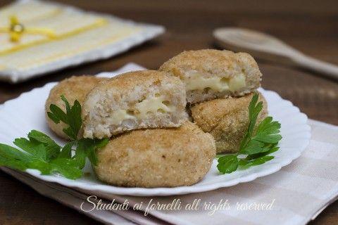 Polpette di cavolfiore patate e formaggio filante