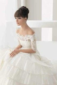 I love everything about the sleeves and bodice of this dress...with an A-line skirt, it'd be PERFECT.