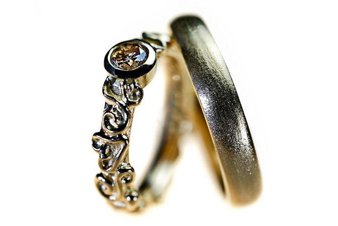 Wedding rings with diamond wedding bands  Vielsesringe - Milas Jewellery- Milas Jewellery