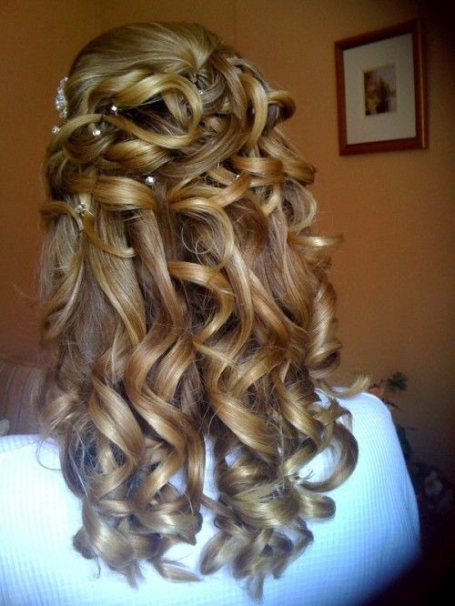 Acconciature perline nei capelli