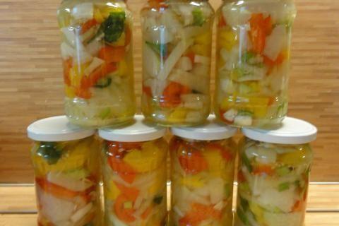 Jak udělat kedlubnovou čalamádu ke grilovanému masu | recept