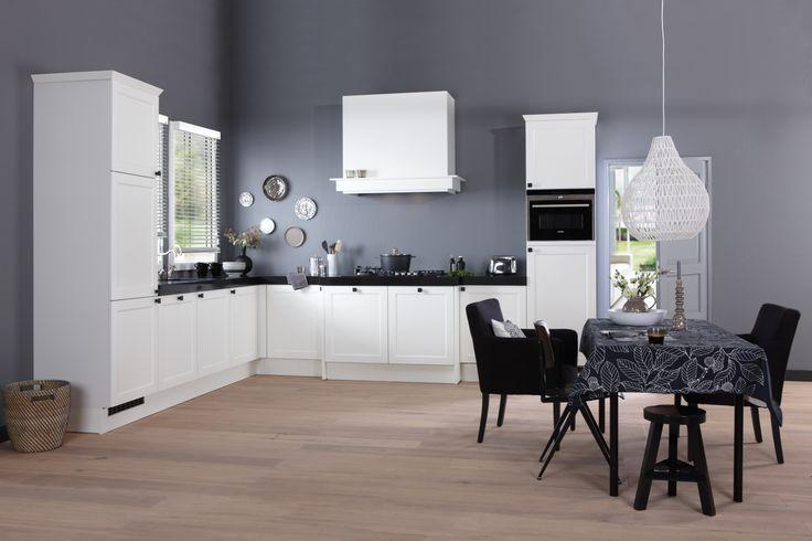 Landelijk Klassieke Keuken In Het Wit : Allure keuken in het wit ...