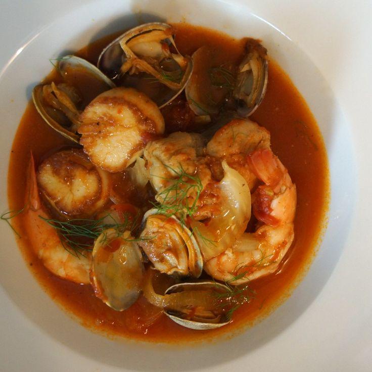 Zuppa di Pesce (Italian Fish & Seafood Stew) » strawberryplum