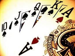 Poker adalah permainan kartu keluarga yang berbagi taruhan aturan dan biasanya (tapi tidak selalu) dalam peringkat kartu di tangan. Permainan Poker berbeda dalam hal bagaimana kartu dibagikan, bagaimana kartu di tangan dapat terbentuk, apakah kartu di tangan tinggi atau rendah memenangkan taruhan di pertarungan (dalam beberapa Permainan, taruhan dibagi antara kartu di tangan tinggi atau rendah),