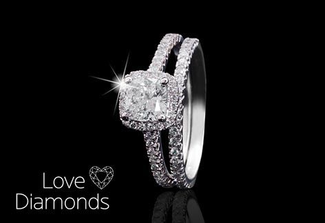 ♯LoveDiamonds Stunning Cushion Cut Diamond ring - Do you love? http://www.americanswiss.co.za/product/36116386/1ct-Cushion-cut-diamond-ring/