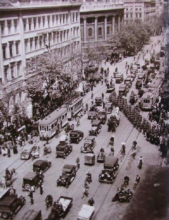 6427. kép  Bajcsy Zsilinszky út 1938.  Forrás: http://taj-kert.blog.hu/2010/08/14/sugarutbol_autopalya_a_bajcsy_zsilinszky_ut