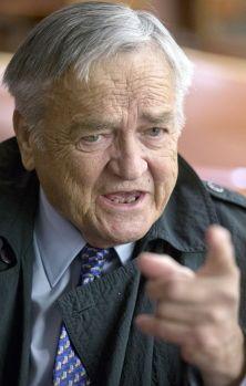Jean Garon, indépendantiste résolu et ministre de l'Agriculture dans le gouvernement Lévesque pendant neuf ans, au cours desquels il a accompli de profondes réformes, est mort, mardi à Lévis