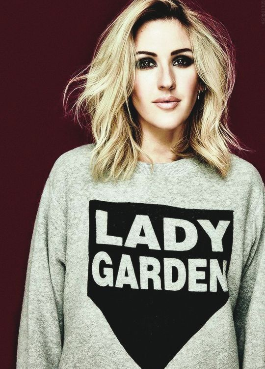 """ Ellie Goulding supporting the Lady Garden campaign (© Damon Baker)"