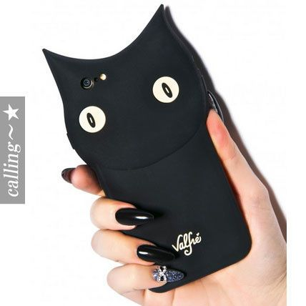 セレブ愛用者多数☆valfre☆ Bruno 3D iPhone 6 Case Bruno The CatがついにiPhoneケースになって登場!黒猫ちゃんがいつも一緒にいてくれます★シリコン製で手のフィットがGood!