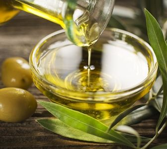 Learn why not all olive oils are pure and how Dr. Sinatra recommends finding pure extra virgin olive oil.