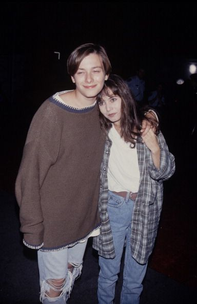 Edward Furlong with this look... Is so amazing.
