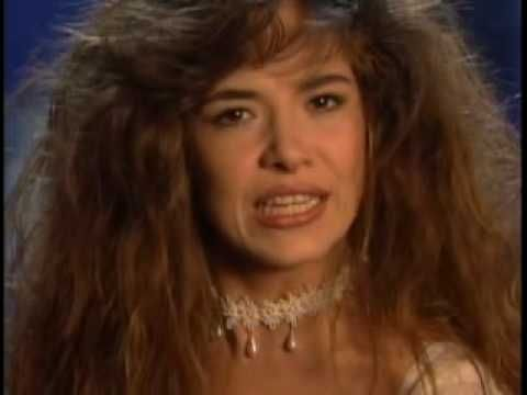 Gloria Trevi - Me Siento Tan Sola - YouTube