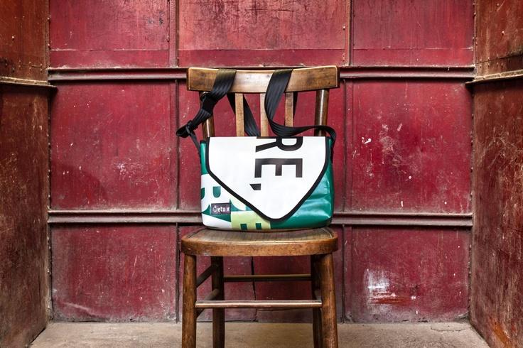 Casul bag horizontal eco-friendly from maxi poster PVC