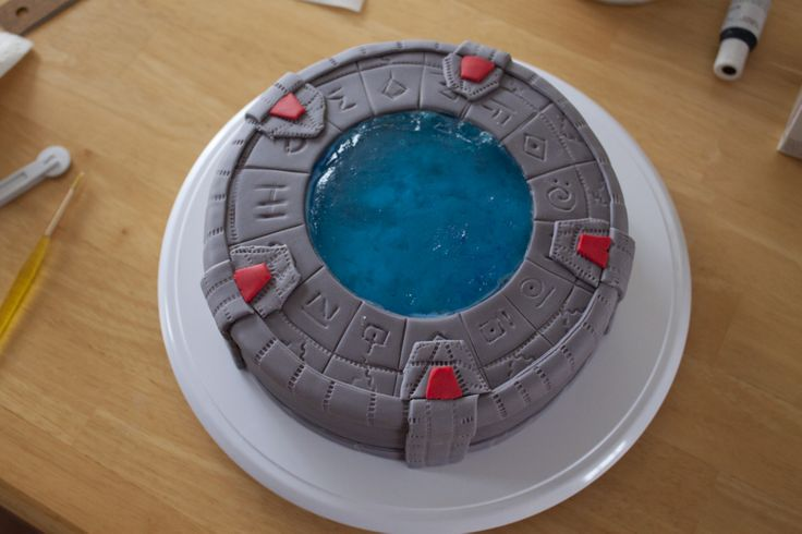 gateau fondant et jello porte des toiles stargate cake cake g teau pinterest jello. Black Bedroom Furniture Sets. Home Design Ideas