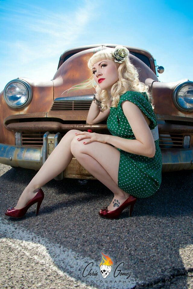 74 best images about rockabilly pinups on pinterest vintage ripped tights and pin up. Black Bedroom Furniture Sets. Home Design Ideas