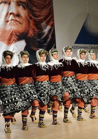 Traditional festive costume from the Adiyaman province.  Clothing style: mid-20th century.  These are recent workshop-made copies, as worn by folk dance groups (on this picture: from the Adiyaman University).