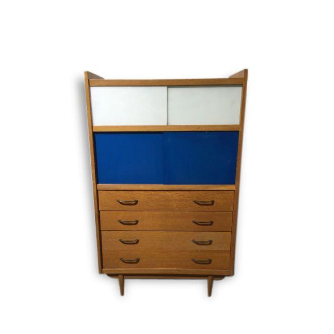 les 45 meilleures images du tableau meubles muraux sur pinterest meuble mural murale et meuble. Black Bedroom Furniture Sets. Home Design Ideas
