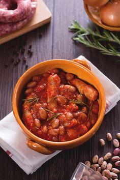 Salsiccia e fagioli: un classico da film western da portare direttamente sulla tua tavola!  Sausage and beans