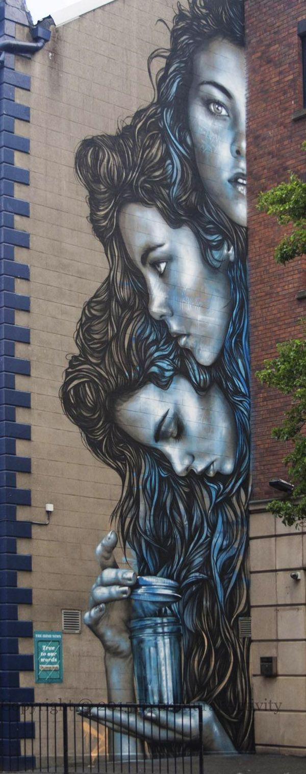 """Tres cabezas irlandesas"". Impresionante mural creado por la artista urbana…"