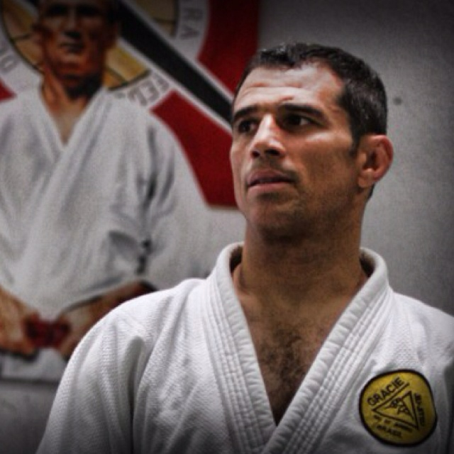 Royler GracieBrazillian Jiu, Royler Gracie, Black Belts, Martial Art, Jiu Jitsu Technician, Jiujitsu Technician, Belts Categories, Jitsu Champion, Brazilian Jiu Jitsu