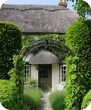 I want to spend some time in this thatch-roofed cottage.