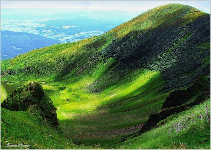 45 best romania beautiful landscapes images on pinterest for Romania landscape