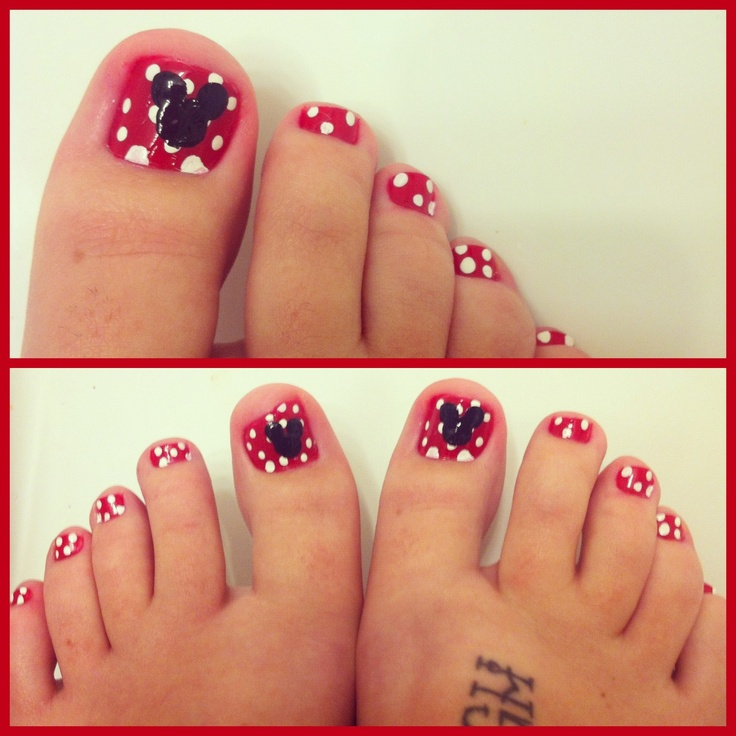 My Minnie mouse toe nails :)