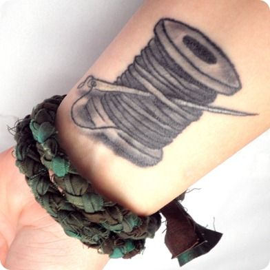 I did it!  A spool of thread and needle tattoo - and I LOVE it!
