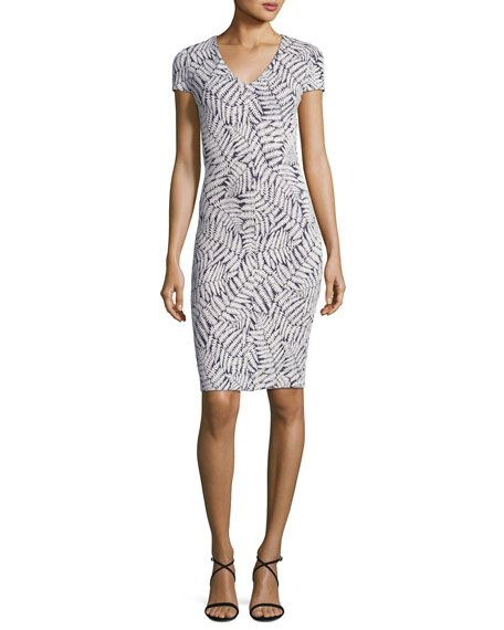 Short-Sleeve Fern-Print Textured Bodycon Dress, Navy-in size small