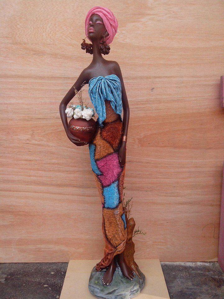 Africana Completa 80 cm por @laura.escobar2110