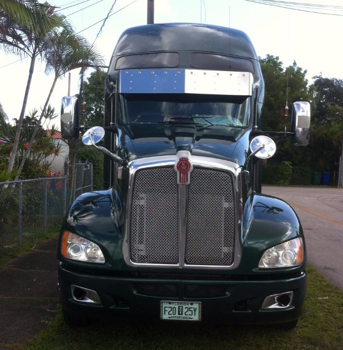 Visor Kenworth 13 Inches Curved Glass With Cast Mirror Brackets,Standar Mount Visor 10-3/4 Inches Light Holes