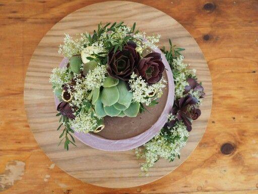 Native flowers + organic raw ingredients = amazing wedding cake!!! #raw vegan #weddingcake #fromthewild #adelaidecakemaker #boutiquecakes