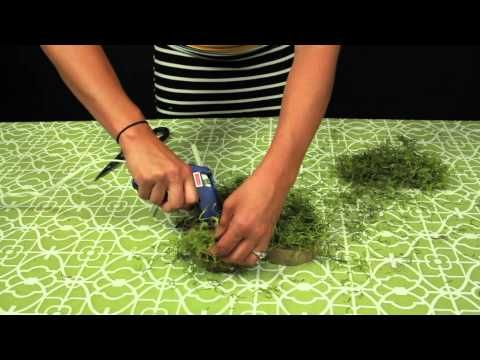 An easy tutorial for how to make moss covered letters perfect as any centerpiece. by The Bride Link  http://www.thebridelink.com/blog/2012/04/27/how-to-build-your-own-wedding-bouquet/