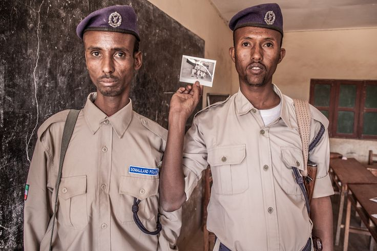 https://flic.kr/p/E21K3Z | Somaliland Police like Polaroids | Facebook Page  Photography Website  Twitter  My company