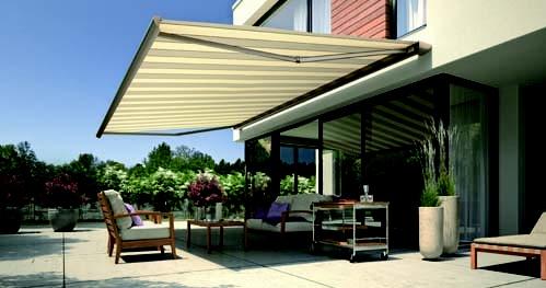 Terras zonnescherm met LED verlichting, prachtig design.