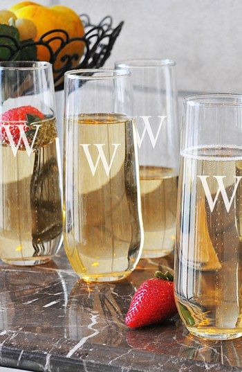 Stemless champagne flutes? Yes, please!