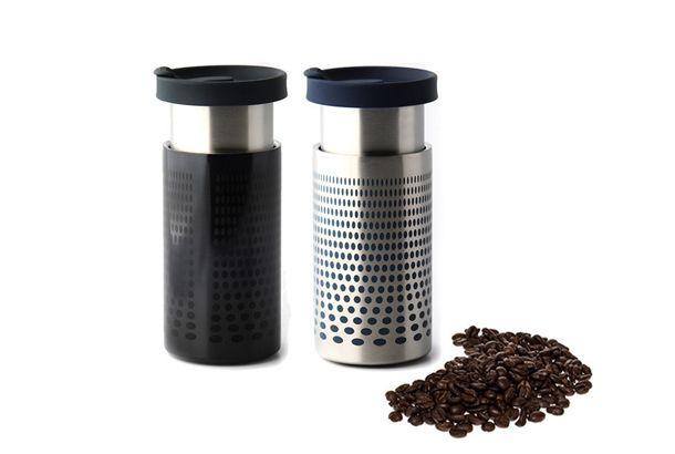 普通のタンブラーではありませんよ。コーヒー好きなら一つは持っていたい「タンブラー」。エコなだけではなく、コーヒーショップによって...