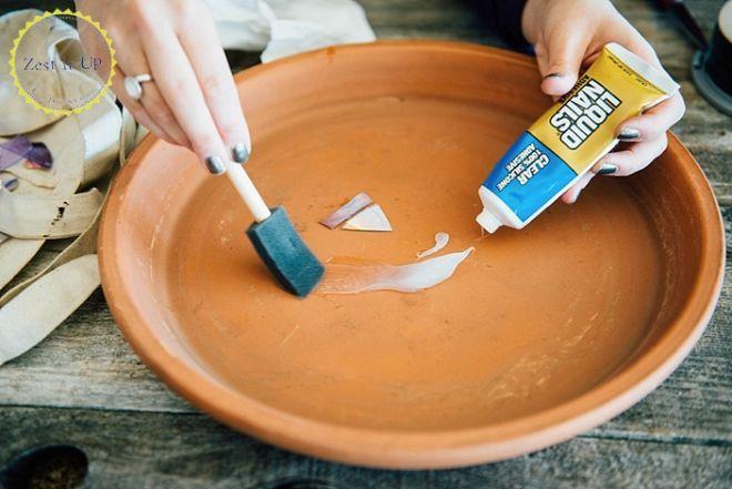 How to make a DIY mosaic bird bath