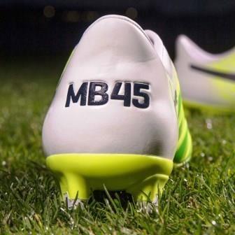 Mario Balotelli estrenará las nuevas y exclusivas botas Puma evoACCURACY