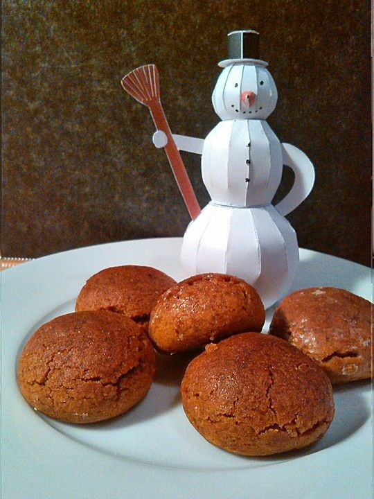 Pfeffernüsse, ein tolles Rezept aus der Kategorie Kekse & Plätzchen. Bewertungen: 32. Durchschnitt: Ø 4,3.