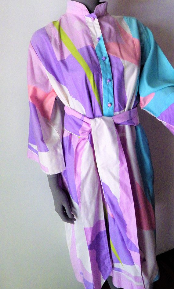 1980s Vintage Katherine Ogust Penthouse Gallery 100% Cotton