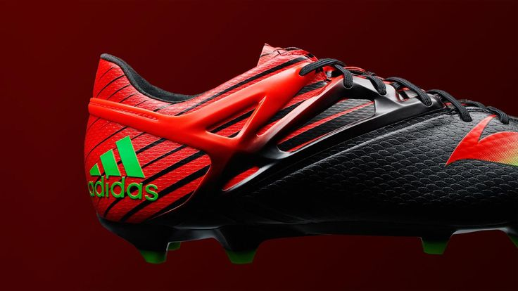 The new black / red Adidas Messi 2015-2016 Football Boot features an extremely bold design. Leo Messi is set to wear the new Black / Solar Red / Green Adidas Messi 15.1 Cleats from late November 2015.