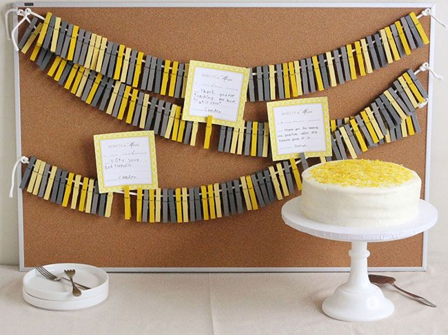 mothers_day_tutorial_1: Diy Ideas, Crafts Ideas, Clothespins Crafts, Clothespins Backdrops, Crafty Things, Clothespins Garlands, Clothespins Banners, Parties Ideas, Clothing Pin