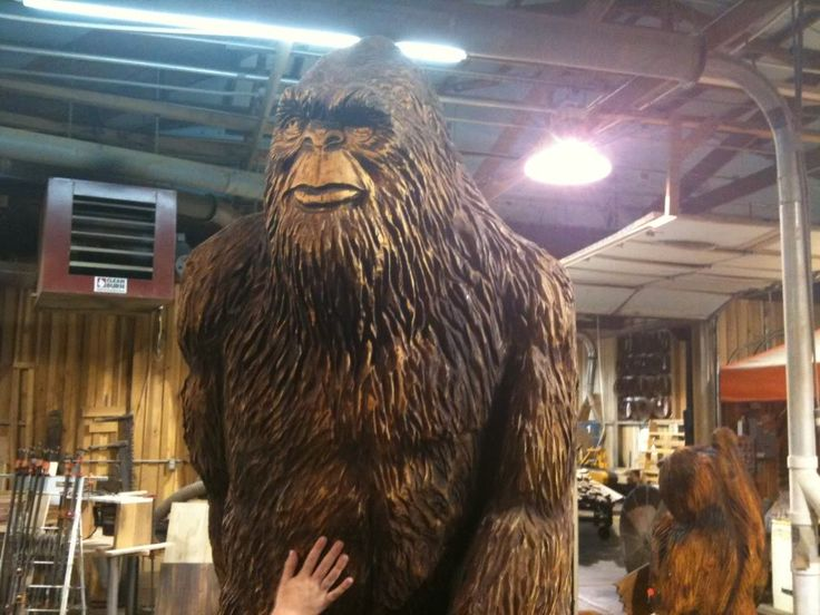 Chainsaw wood carvings saw bigfoot at a local carving