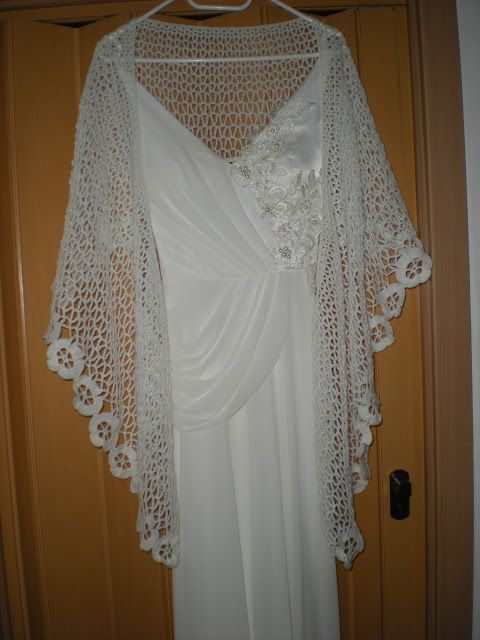 Crochet Lace Wedding Shawl Pattern : 33 best images about Bridal Knit & Crochet on Pinterest ...
