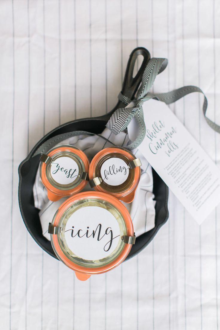 Hostess Gift: DIY Cinnamon Roll Kit