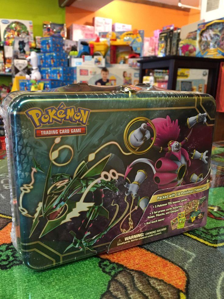 Pokémon, Boîte Treasure Chest, incluant 18 pokémon trésor, 5 TCG Booster pack, 3 cartes promo feat Hoopa, Pikachu et Chespin, et bien plus! 39.99$. Disponible dans le magasin spécialisé de St-Sauveur (Laurentides) Boîte à Surprises, ou en ligne sur www.laboiteasurprises.ca ... sur notre catalogue de jouets en ligne, Livraison possible dans tout le Québec($) 450-240-0007 info@laboiteasurprisesdenicolas.ca